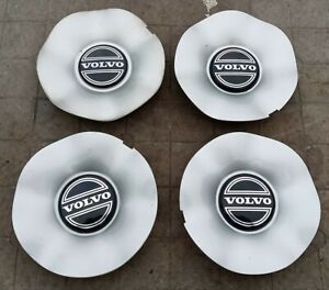 Volvo 850 S70 V70 center cap set (4 pieces) 1992-2002 part number 3546354