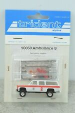 Trident 90060 Chevrolet Suburban Ambulance Truck 1:87 Scale HO