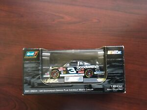 Revell Collection Dale Earnhardt #3 OREO GM Goodwrench 2001 Monte Carlo 1:43