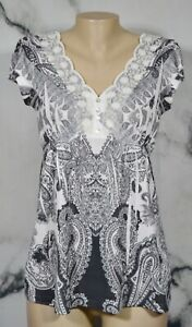 APT. 9 Black White Paisley Print Top Small Short Sleeve Lace Trim 100% Polyester