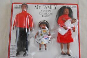Black Doll Family    1/12 scale dollhouse miniature    4pc 00030