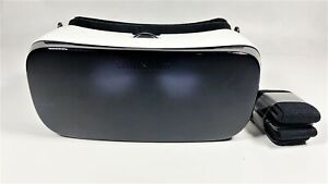Samsung Gear VR R322NZWA - Virtual Reality Headset - Frost White
