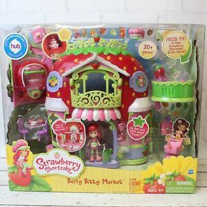 Hasbro Strawberry Shortcake Berry Bitty Market Playset NRFB 30 Pieces