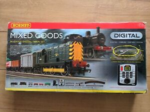 Hornby R1075 DCC fitted Digital Train set