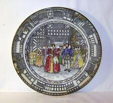 Royal Doulton Decorative Plate : Queen Elizabeth at Old Moreton 1589: