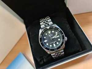 Seiko SKX007 K boxed + papers divers watch good condition, fully tested working
