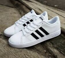 Adidas Neo Baseline Women US 6 White Sneakers  🏙