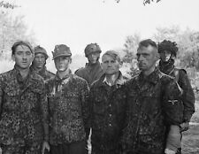 """Four German Waffen SS troopers taken prisoner 8""""x 10"""" World War II Photo #194"""