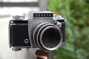 EXAKTA Varex IIb Sucherkamera mit Objektiv f/50mm 1:2,8 Heliopan Filter Vintage