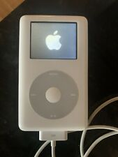 Apple iPod Photo Color Classic 4th Generation White (30 GB) A1099 - Bundle