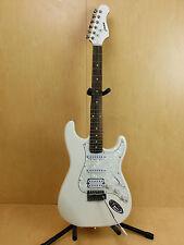 Haze E-211WH Solid Body Electric Guitar,White+Free bag,Hanger,Strings-Full Kit