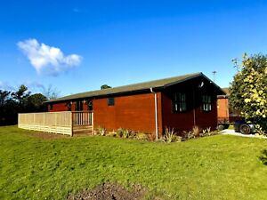 Holiday Lodge With Hot Tub York 45 X 20 £90,000