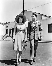 Deanna Durbin and Robert Stack UNSIGNED photo - H4614 - On the set of First Love