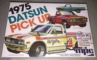 MPC 1975 Datsun Pick Up Truck 3 in 1 1/25 scale model car kit new 872