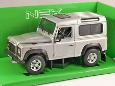 LAND ROVER DEFENDER in Silver 1/24 scale model by WELLY