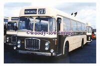 ab0149 - United Coach Bus - SHN 775N to Newcastle - photograph