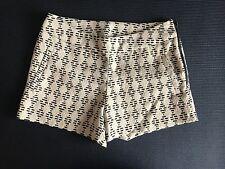 BNWOT Ladies KENSIE Brand Ivory Geometric Shorts - XS - KS3K1S34