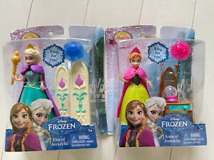 "Disney Frozen 4"" Mini Elsa and Anna of Arendelle with Easy Dress MagiClip NEW"