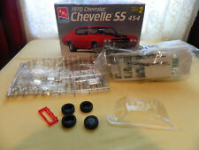 AMT 1970 CHEVROLET CHEVELLE SS SKILL 2 454 1/25 MODEL KIT AS IS