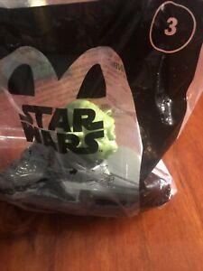 Disney Star Wars #3 YODA Jedi Disc Launcher 2021 McDonalds Happy Meal Toy *NEW*
