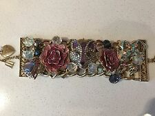 NWT Betsey Johnson large Imperial Princess Fox Heart Flowers Gold Bracelet