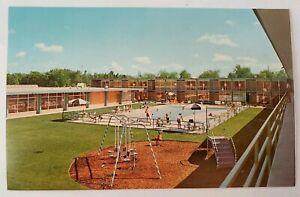 Holiday Inn Vintage Postcard Ann Arbor West Michigan MI Hotel People Swimming