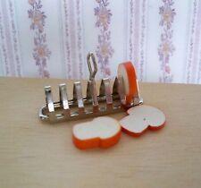 1:12 - Puppenhaus Miniatur Toastständer mit 3 Toast Neu