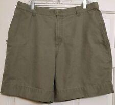Men's Columbia size 36 khaki chino flat front shorts