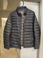 LEVI'S Mens Packable Down Puffer Jacket Size Medium, Black