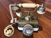 Vintage Telephone Phone Collectable