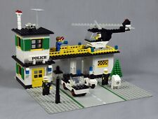 381 Police Station - Vintage 1979 Classic Town Lego Set. Complete.