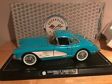 Blue Solido 1958 Chevrolet Corvette Hard Top 1:12 scale