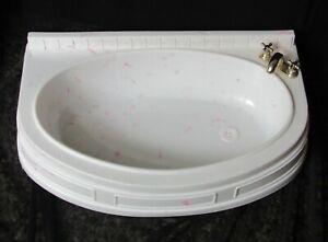 """Barbie Folding Pretty Bathroom Garden Bath Tub """"Marble Finish Gold Fixtures"""""""