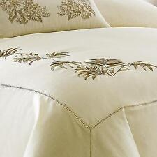TOMMY BAHAMA Embroidered Botanical Tropical Ivory Full/Queen Duvet Cover