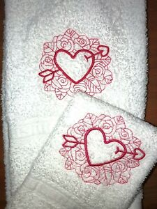 Embroidered Bathroom Hand Towel/ Cloth Set  Pink Heart  Valentine Doodle  H1346