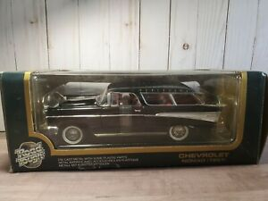 Road Tough 1957 Chevy Bel Air Nomad Wagon 1:18 Scale Diecast Model Car '57 Black