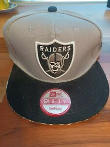NEW Raiders 9Fifty Snapback Silver and Black Hat Cap New Era Fits