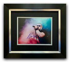 NICK JONAS HAND SIGNED PHOTO FRAMED DISPLAY - JONAS BROTHERS MUSIC AUTOGRAPH.