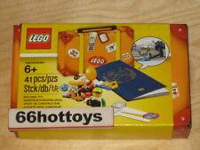 LEGO 5004932 Travel Accessory Suitcase Kit Minifigure 2017 NEW
