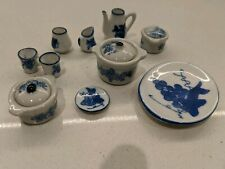 Dolls House China set (Serving dishes and pots) Blue/White