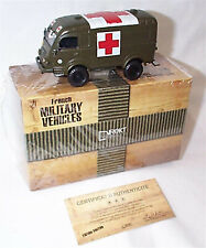 Renault R 2087 Military Ambulance Direkt 1-43 scale new in Box with certificate