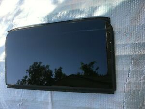 AUDI A4 B8 PANORAMIC SUNROOF FRONT SECOND GLASS ASSEMBLY OEM 8K9877072