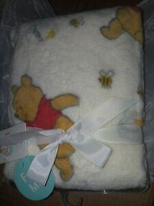 Disney Babies Winnie the Pooh plush fleece blanket NEW Tags 30 X 40 white yellow
