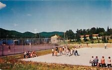 Ste Agathe-Des-Monts~Chalet Sports Facility~Lac des Sables~Basketball Game~1950
