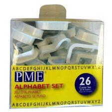 Pme 26pc Plastique Alphabet Découpes Glaçage Fondant Ensemble de Cutters