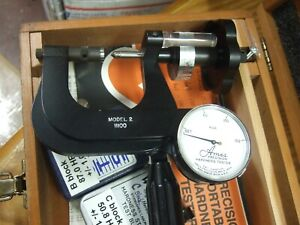 AMES MODEL 2  1100 PORTABLE ROCKWELL HARDNESS TESTER WITH  TEST BLOCKS DIAMOND