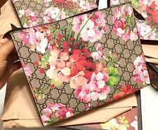 NWT Gucci GG Blooms Pink Large Cosmetic Case Pouch Floral Clutch Bag Purse New