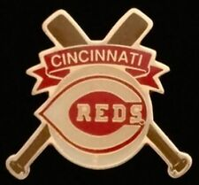 Cincinnati Reds Baseball Pin Badge ~ MLB ~ Cross Bats