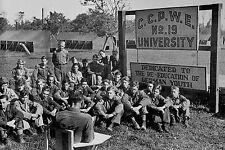 WW2 - Photo - Foucarville - Séance de rééducation pour prisonniers allemands