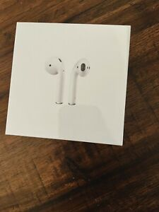 Authentic- NEW IN RETAIL SEALED BOX Apple AirPods Wireless Case White MV7N2AM/A